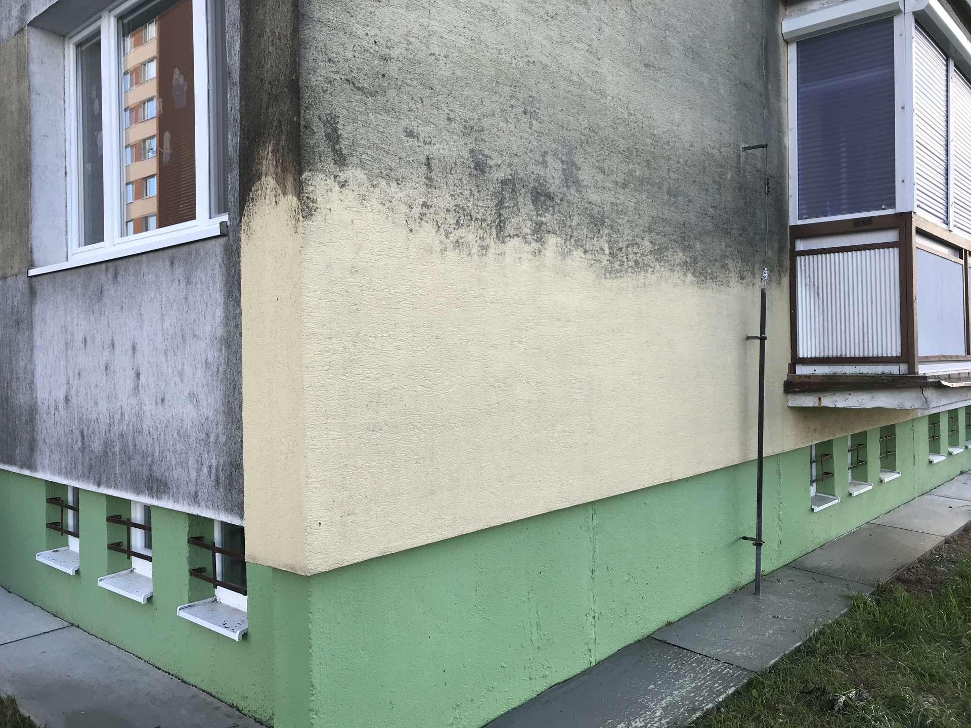 KEISH - Čistenie fasády pomocou fungicídov a vysokotlakovým čističom - Lučenec Rúbanisko 3