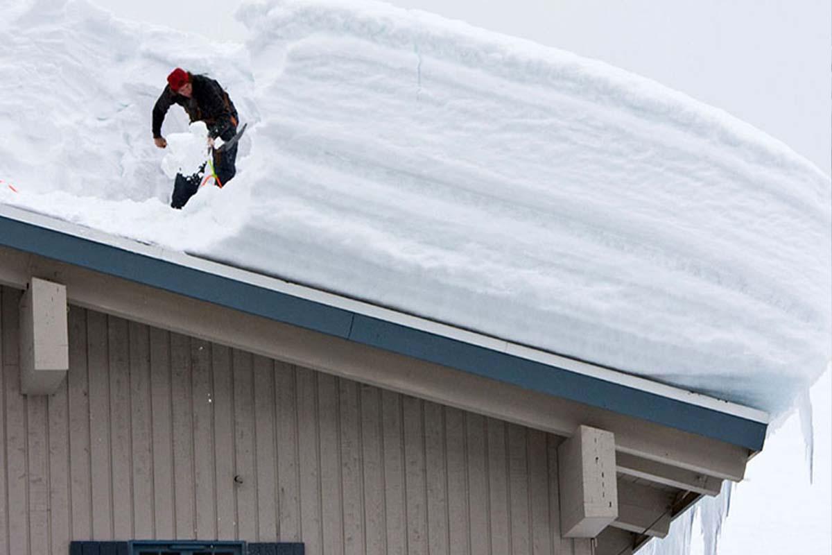 KEISH Odstraňovanie snehu zo striech a zimná údržba